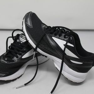 BROOKS LAUNCH 4 Womens Black White Running 6,5